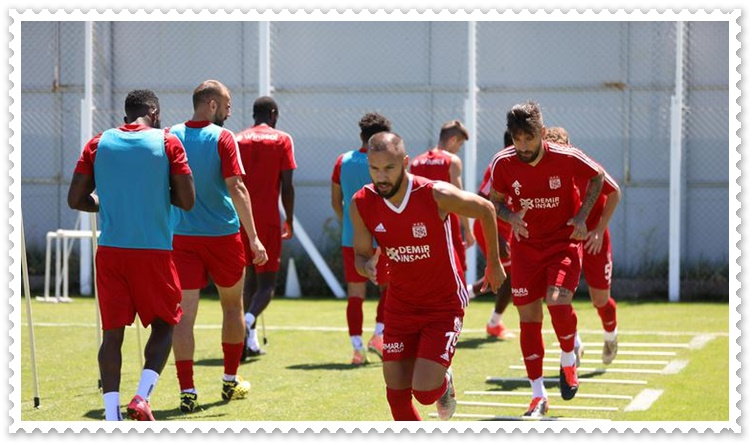 Sivasspor transfer çalışmaları